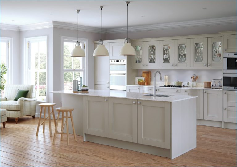 Coastal Kitchen Ideas 2020 in A Sydney Home