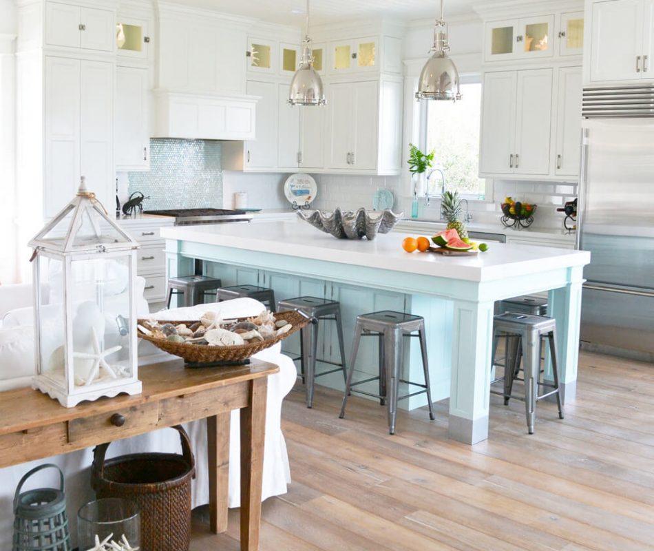 04-coastal-kitchen-decor-design-ideas-homebnc